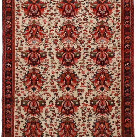 Persian Karajeh 5 x 6 Wool Oriental Rug 8001