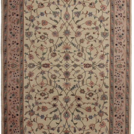 Vintage Persian Design 6 x 9 Wool Rug 8767