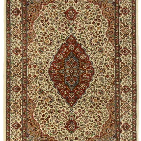 Vintage Pakistani 4 x 6 Wool Area Rug 14382