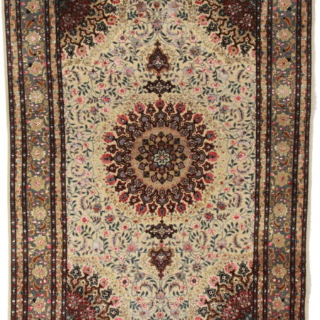 5 x 7 Silk Wool Persian Tabriz Rug 14167
