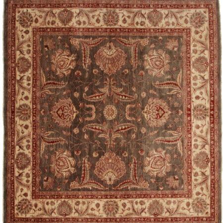 Square Oushak Style Quality Rug 13853
